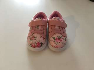 Babies shoes Pink trainers