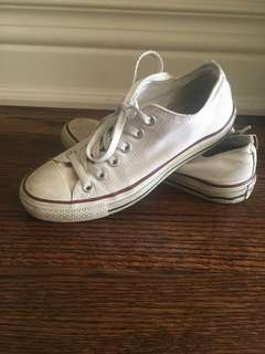 White Lace Up Converse Size 7