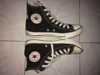 Sepatu converse ct2 black white