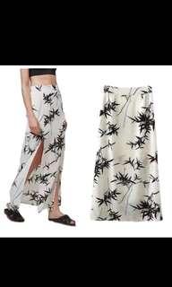 Bamboo print slit long skirt