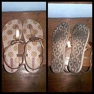 Auth ipanema sandals