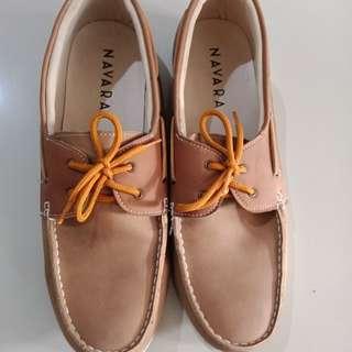 Sepatu cowo murah mulus
