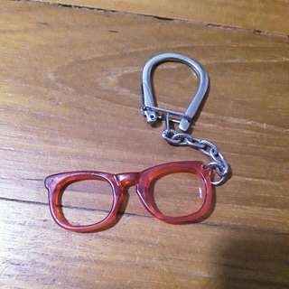 Spectical key chain