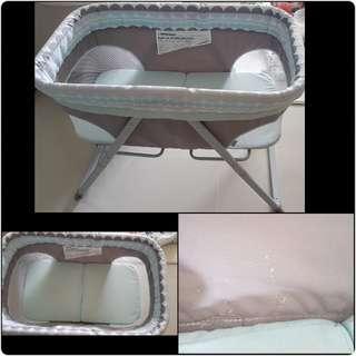 Ingenuity Foldaway rocking bassinet