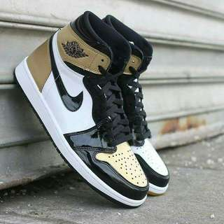 AIR JORDAN 1 OG GOLD TOE