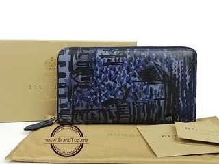 Authentic Burberry British Seaside Print London Leather Zip Around Wallet