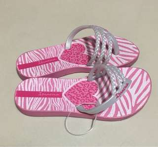 Pre-loved Original Ipanema slippers for kids
