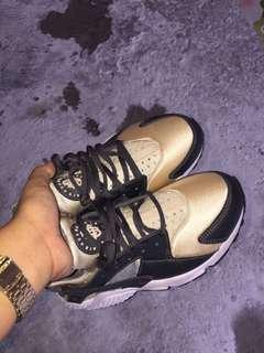 """Nike Wmn's Air Huarache """"Anthracite"""""""