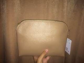 H&M Zipper Slingbag