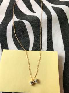 Ribbon gold necklace from Japan