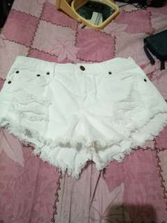 Forever 21白色短褲