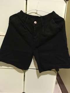 🚚 黑色五分褲