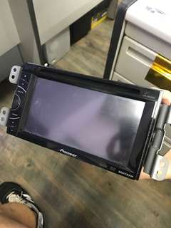 Pioneer head unit AVH-X1550DVD