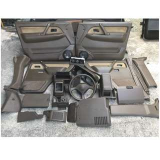 Used Mitsubishi Pajero V43W 3.0 AUTO (INTERIOR PARTS)