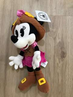 New Minnie Mouse doll from HK Disneyland