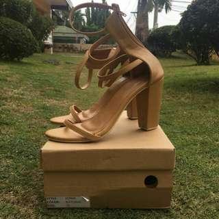 Hue manila Strappy/Block heels