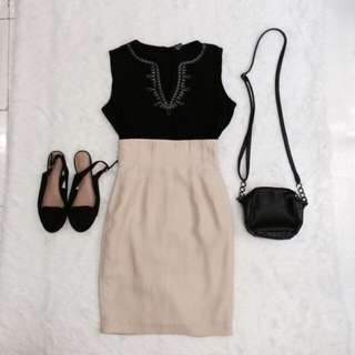SOLD AS SET MID SKIRT AND SINGLET TOP