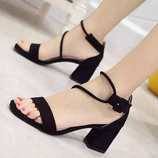 KOREAN FASHION HEELS