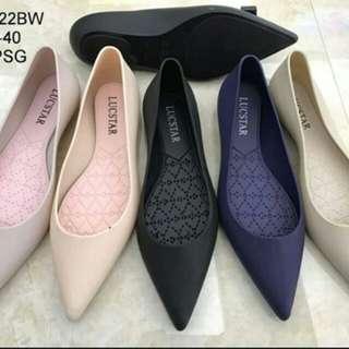 J-shoes