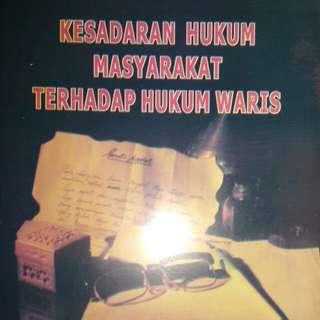 KESADARAN HUKUM MASYARAKAT TERHADAP HUKUM WARIS   Prof. DR. H. R. OTJE SALMAN , S.H.   Alumni  ORIGINAL