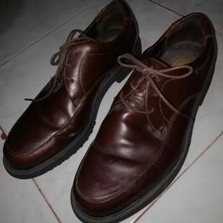 Sepatu original pria