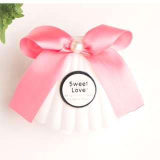 Creamy White Pearl Candy Box