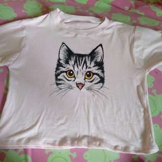 Semi crop top sticker shirt