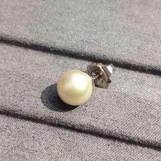 925純銀珍珠耳環一隻