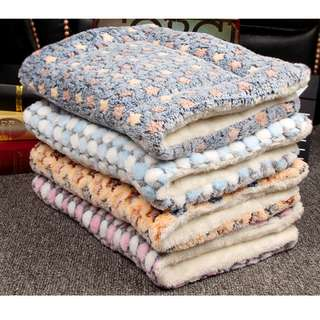 DP雜貨鋪 寵物用品 寵物加厚珊瑚絨羊羔絨雙面睡墊 保暖狗窩床墊 貓狗用品