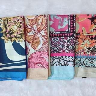 Hijab motif segi4