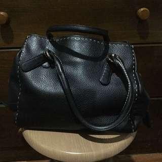SALE!!! Authentic Anne Klein Handbag