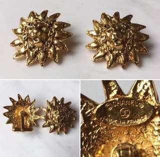 Chanel vintage 80s Lion Head cufflinks