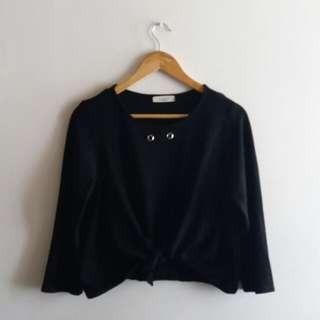 Cropped Stretch Black Shirt