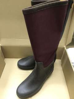 AIGLE BOOTS / RAIN BOOTS (MADE IN FRANCE) 99.99999% new indoor try only