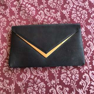 Colette Black Formal Clutch