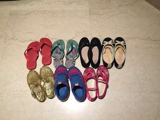 Bag of 12 pairs of girl shoes and slippers