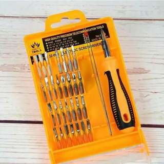 32in1 screwdrivers