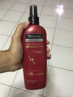 TRESemmé Flat Iron Smoothing Spray