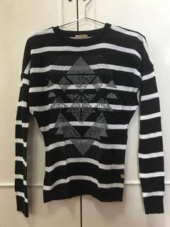 Black & White Long Sleeve Top