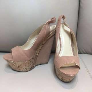 厚底楔型鞋