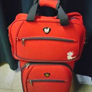 "Cabin size case+bag set with 2pcs.{易生夠發$239.80/2pcs.fixed price不議價的 !} Brand name~""Decent""  22inches diagonal  Red color 2 wheels zipper nylon luggage case fit in cabin use + charming bag  Good quality & durable thick nylon made"