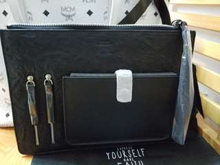 Touch clutch bag
