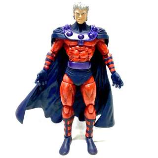 Diamond Marvel Select Magneto (No-helmet Variant)