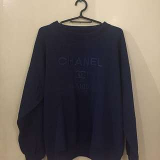 CHANEL EMBROIDERED SWEATER