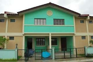 Corner RFO Townhouse in Imus Complete turnover