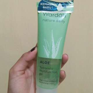 Wardah aloevera hydrating gel