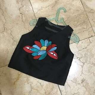 korean brand black croptop