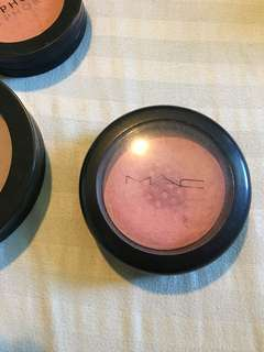 MAC Blish Shimmer