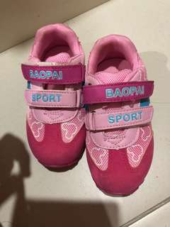 BN Pink Sports Shoes 16cm