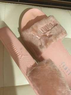 PUMA FENTY fur slides